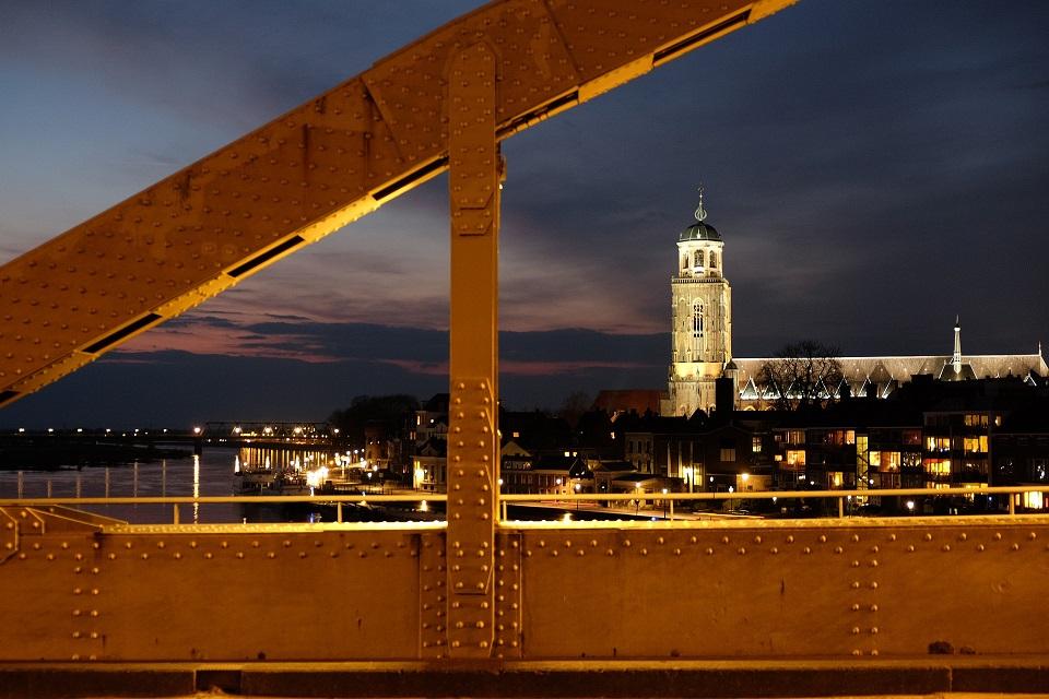 Ontdek de kracht van SEO. Of je nu de regio  Vlissingen of heel Nederland wilt veroveren: wij maken van zoekmachine optimalisatie jouw motor voor groei